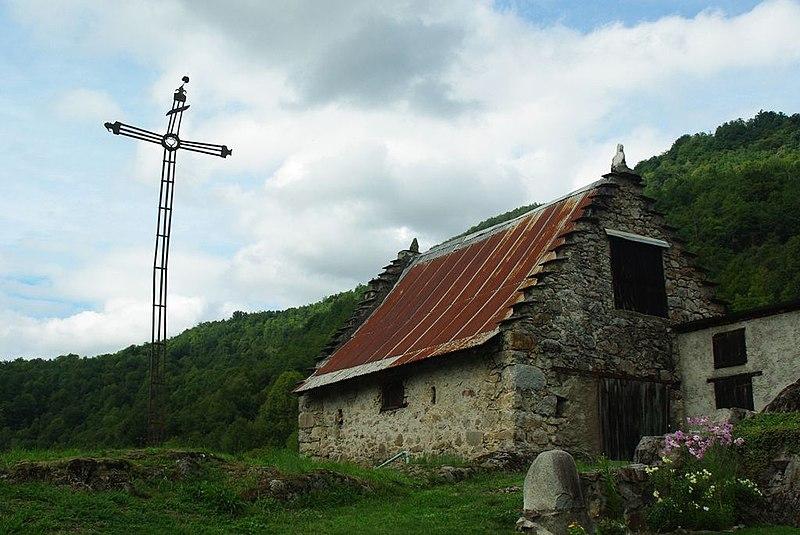 Photo du Monument Historique Croix en fer situé à Ercé