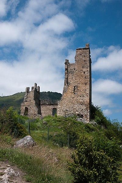Photo du Monument Historique Ruines du château d'Arquizat situé à Miglos