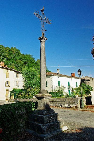 Photo du Monument Historique Croix situé à Prat-Bonrepaux