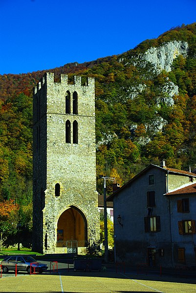 Photo du Monument Historique Tour Saint-Michel situé à Tarascon-sur-Ariège