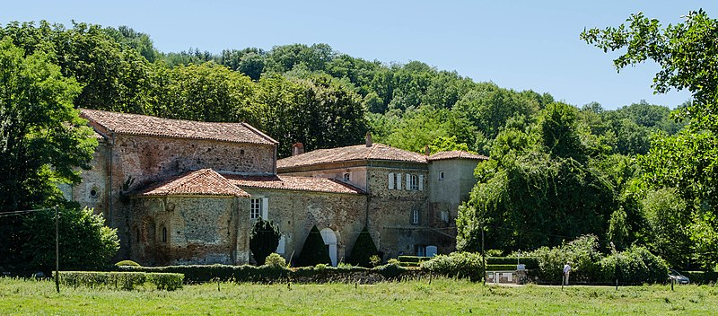 Photo du Monument Historique Ancienne abbaye de Combelongue situé à Rimont