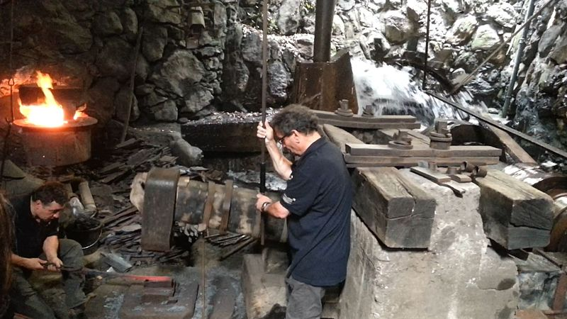 Photo du Monument Historique Forge catalane situé à Montgaillard