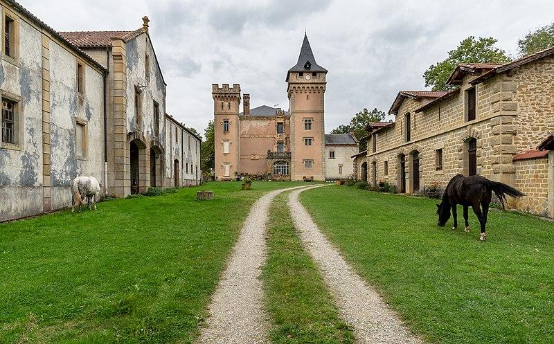 Photo du Monument Historique Château de Sibra situé à Lagarde