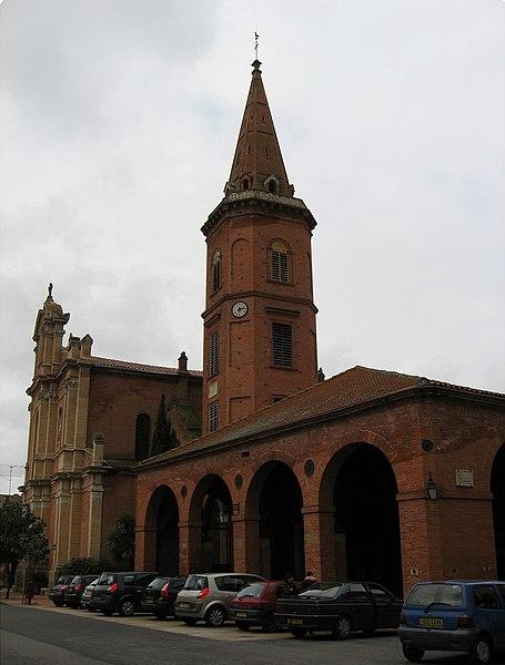 Photo du Monument Historique Halle situé à Mazères