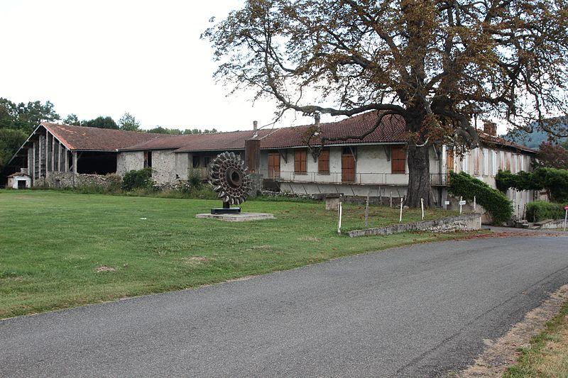Photo du Monument Historique Maison natale d'Aristide Bergès et ancienne papeterie de Prat du Ritou (également sur commune de Saint-Lizier) situé à Lorp-Sentaraille