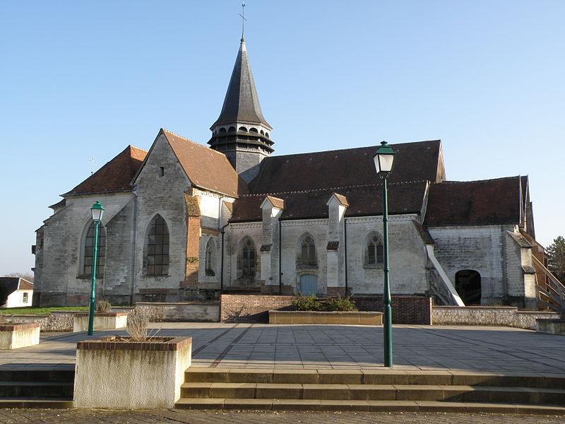 Photo du Monument Historique Eglise Saint-Laurent situé à Bouilly