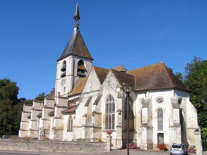 Photo du Monument Historique Eglise situé à Dampierre