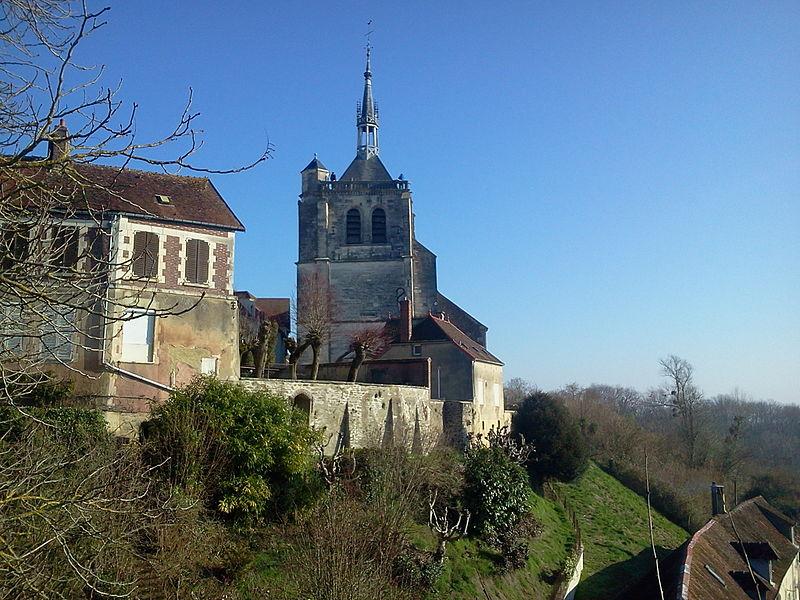 Photo du Monument Historique Eglise Saint-Pierre-ès-Liens situé à Ervy-le-Châtel