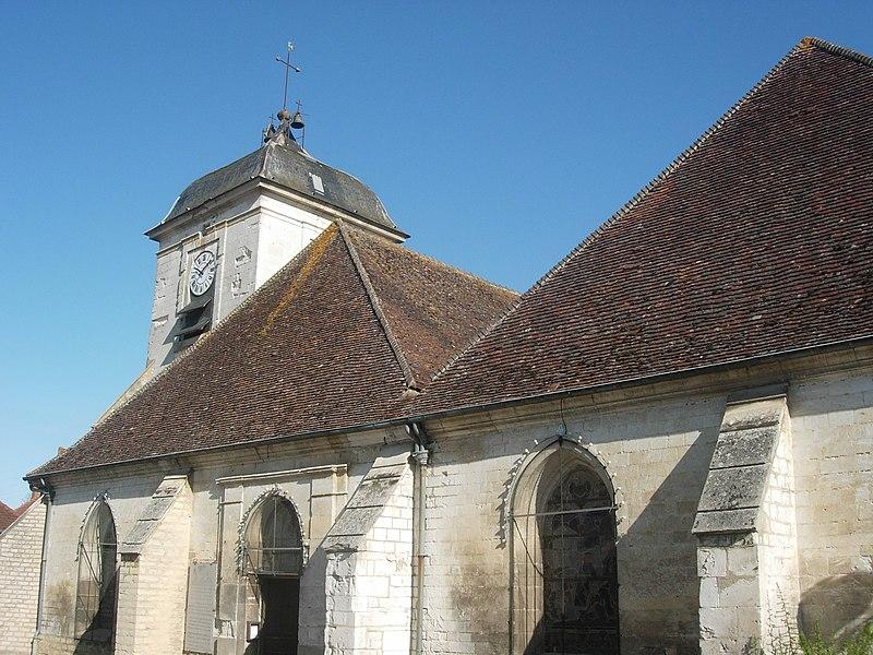 Photo du Monument Historique Eglise Saint-Loup situé à Estissac