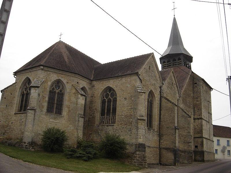 Photo du Monument Historique Eglise Saint-Pierre situé à Longpré-le-Sec