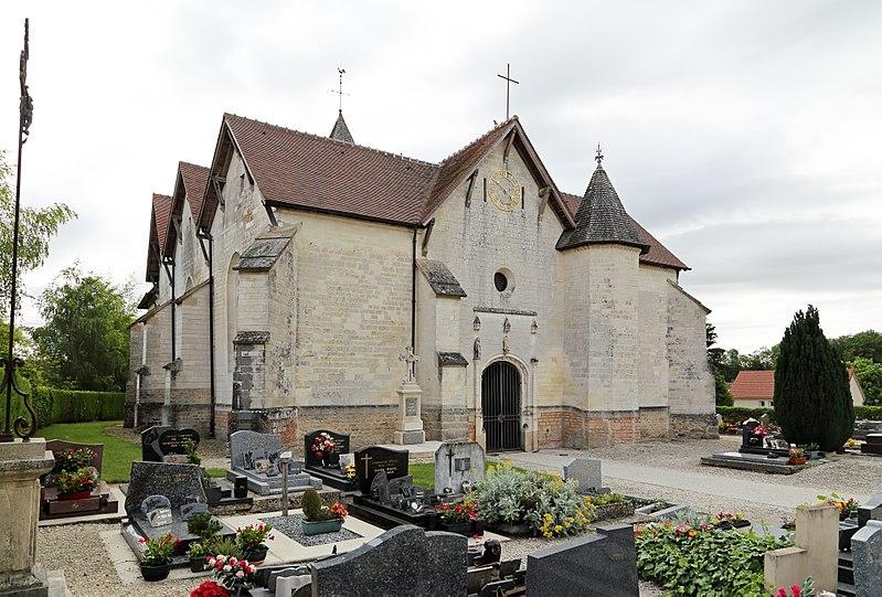 Photo du Monument Historique Eglise Saint-Julien situé à Luyères
