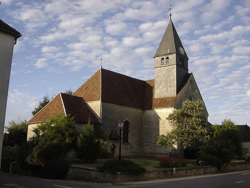 Photo du Monument Historique Eglise situé à Magnant