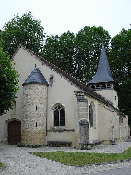 Photo du Monument Historique Eglise situé à Polisy
