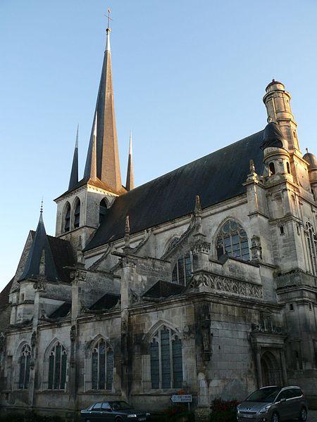 Photo du Monument Historique Eglise Saint-Pierre-ès-Liens de Riceys-Bas situé à Les Riceys
