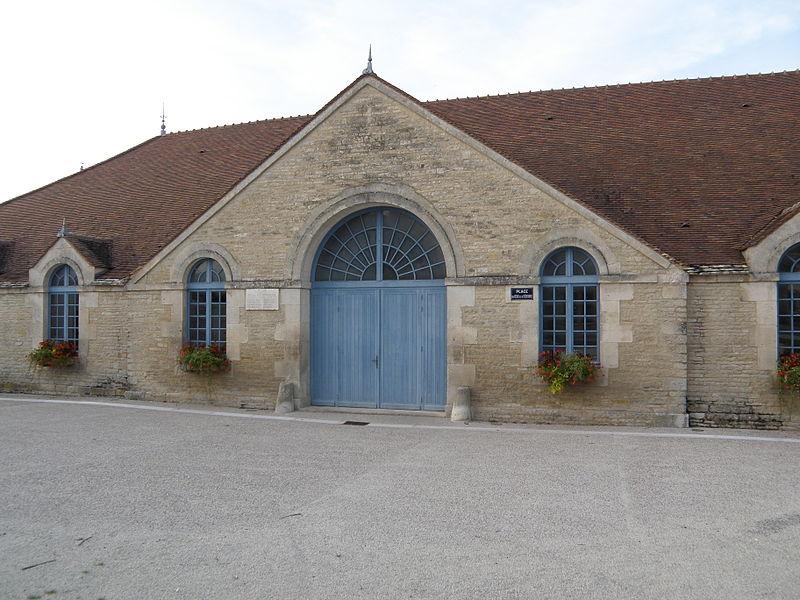 Photo du Monument Historique Halle de Ricey-Haut situé à Riceys (Les)