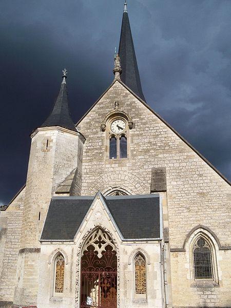 Photo du Monument Historique Eglise situé à Saint-Julien-les-Villas