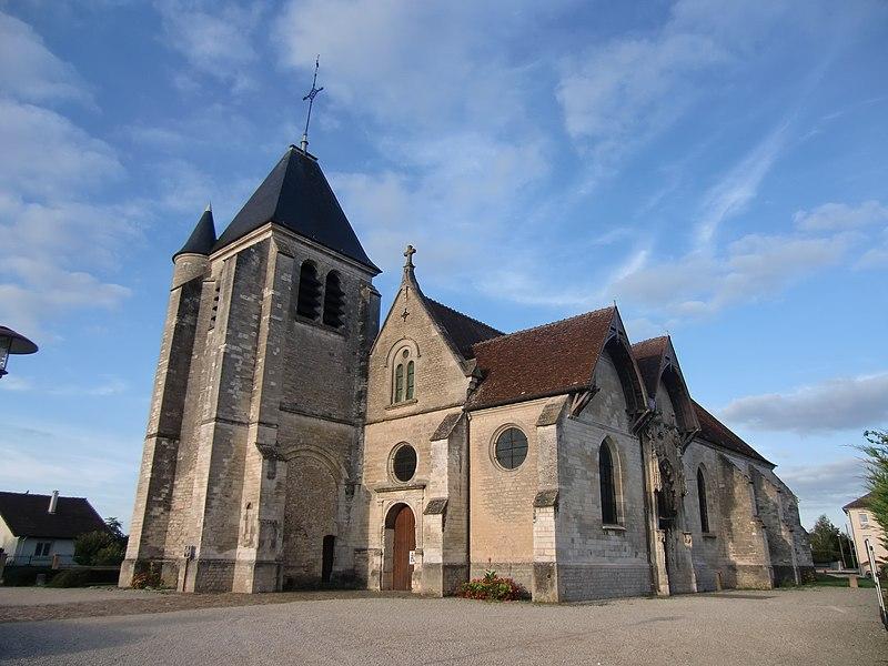 Photo du Monument Historique Eglise situé à Saint-Parres-aux-Tertres