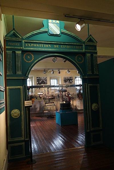 Photo du Monument Historique Hôtel de Vauluisant situé à Troyes