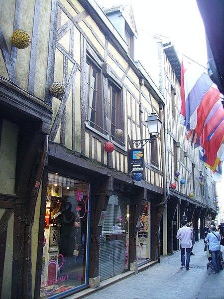 Photo du Monument Historique Maison du Boulanger situé à Troyes