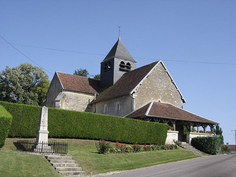 Photo du Monument Historique Eglise Saint-Pierre et Saint-Paul situé à Vauchonvilliers
