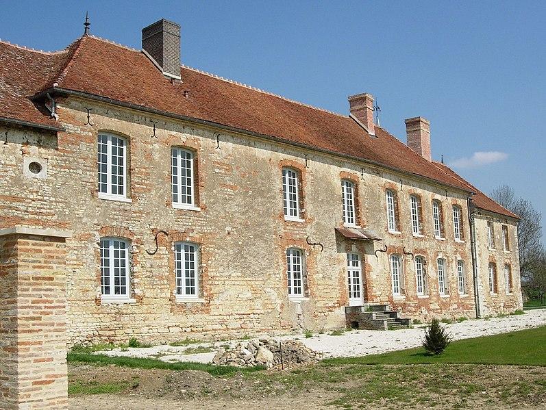 Photo du Monument Historique Ancienne abbaye situé à Montiéramey