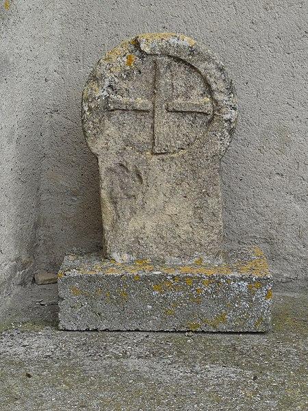 Photo du Monument Historique Croix de cimetière situé à Airoux