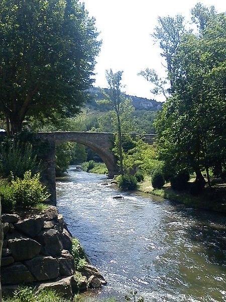 Photo du Monument Historique Pont situé à Alet-les-Bains