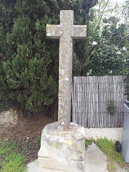 Photo du Monument Historique Croix situé à Carcassonne