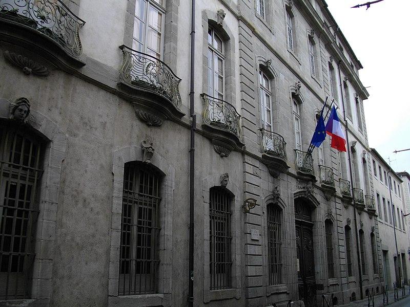 Photo du Monument Historique Hôtel de Rolland situé à Carcassonne