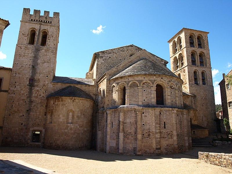 Photo du Monument Historique Ancienne église abbatiale situé à Caunes-Minervois