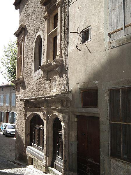 Photo du Monument Historique Ancien hôtel de Sicard situé à Caunes-Minervois