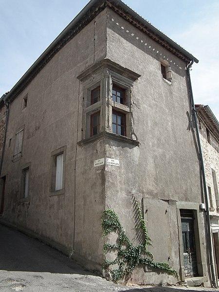 Photo du Monument Historique Ancien hôtel de Tapié situé à Caunes-Minervois
