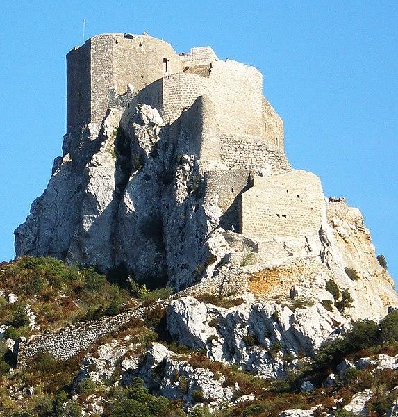 Photo du Monument Historique Ruines du château de Quéribus situé à Cucugnan