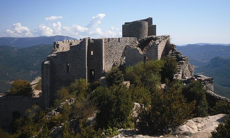 Photo du Monument Historique Ruines du château de Peyrepertuse situé à Duilhac-sous-Peyrepertuse