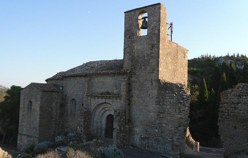 Photo du Monument Historique Eglise paroissiale Sainte-Léocadie et remparts adjacents situé à Fontjoncouse