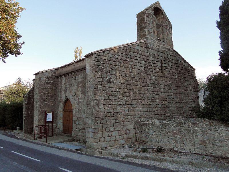 Photo du Monument Historique Ancienne église située dans le cimetière situé à Homps