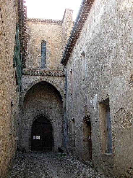 Photo du Monument Historique Maison presbytérale situé à Lagrasse