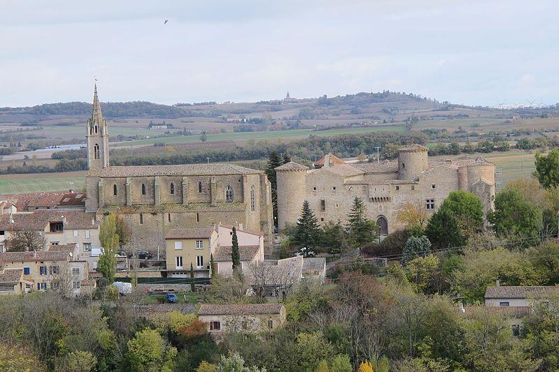 Photo du Monument Historique Eglise paroissiale Saint-Baudile situé à Montmaur