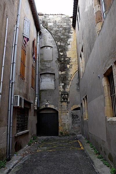 Photo du Monument Historique Restes de l'église et du couvent des Cordeliers situé à Narbonne