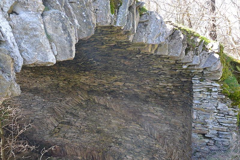 Photo du Monument Historique Ancienne glacière situé à Pradelles-Cabardès