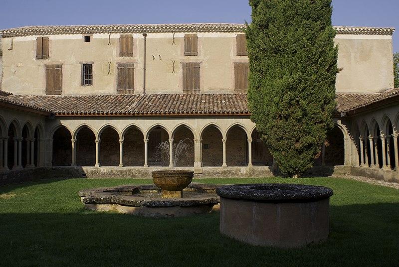 Photo du Monument Historique Ancienne abbaye Saint-Hilaire situé à Saint-Hilaire