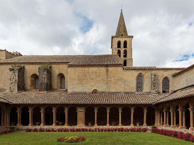 Photo du Monument Historique Ancienne abbaye de Saint-Papoul situé à Saint-Papoul
