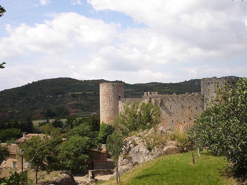 Photo du Monument Historique Ruines du château situé à Villerouge-Termenès
