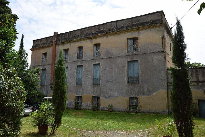 Photo du Monument Historique Château situé à Cahuzac