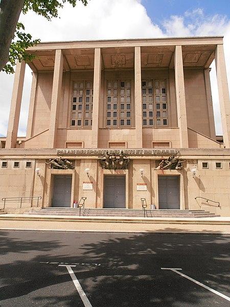 Photo du Monument Historique Palais des Sports, des Arts et du Travail situé à Narbonne