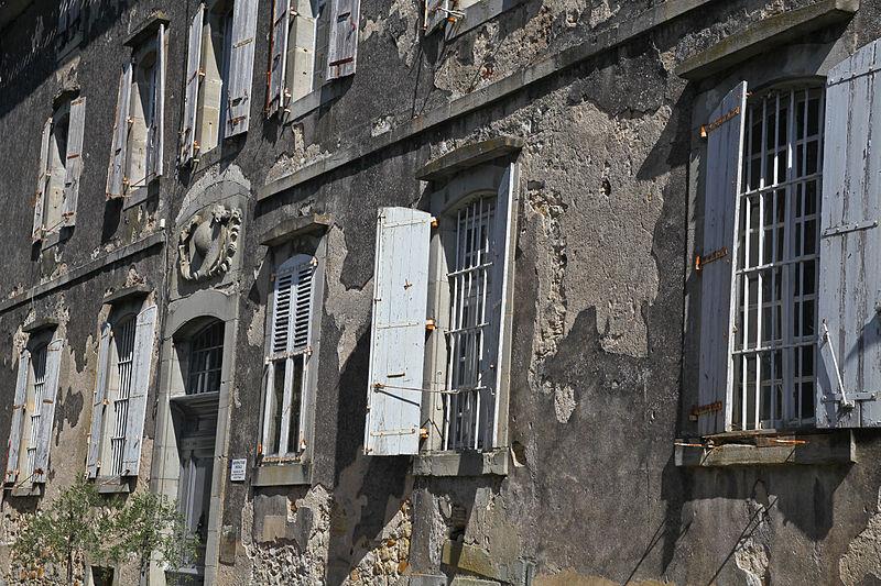 Photo du Monument Historique Ancienne manufacture royale situé à Montolieu