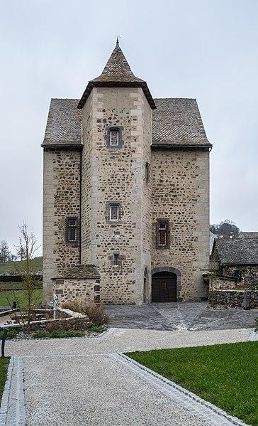Photo du Monument Historique Maison du 15e siècle situé à Brommat