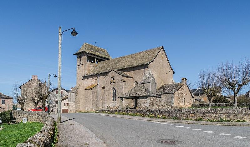 Photo du Monument Historique Eglise Saint-Pierre et oratoire situé à Canet-de-Salars