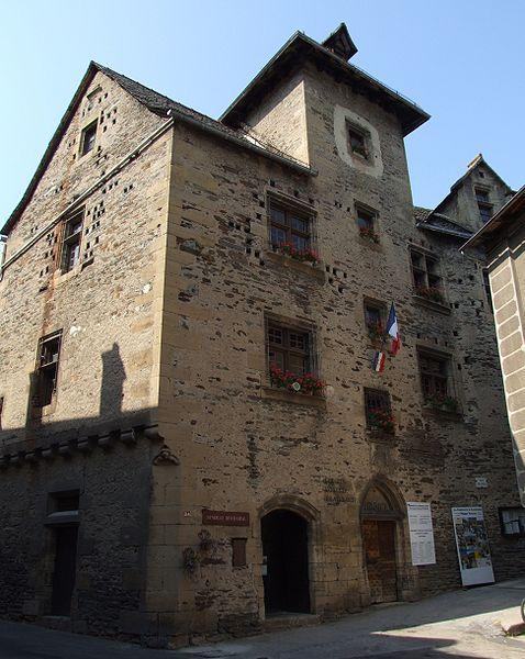 Photo du Monument Historique Mairie situé à Estaing