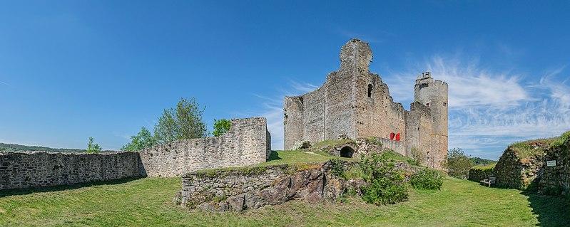 Photo du Monument Historique Vestiges du château et sa deuxième enceinte situé à Najac